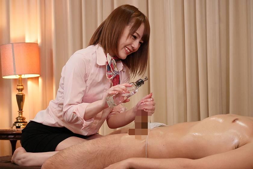 挿れっぱなし杭打ちスロー騎乗位で若い精子を搾り取る人妻回春マ サンプル画像7