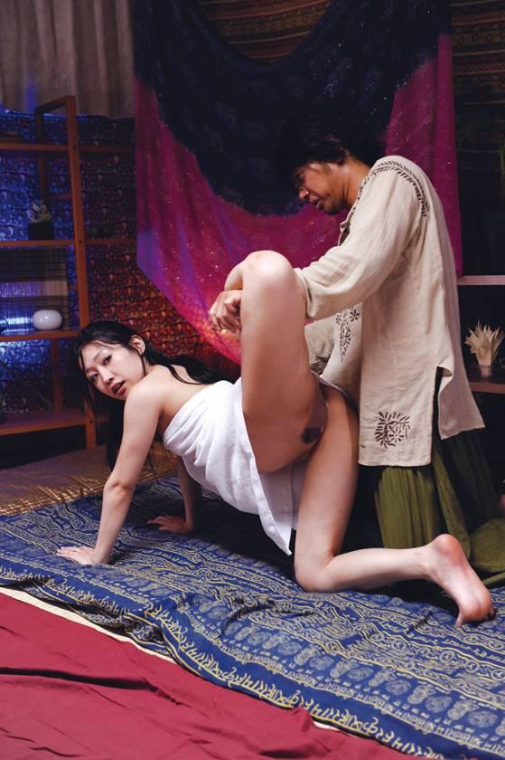 無料体験モニター募集!!偽タイ古式マッサージ 人妻中出しナン サンプル画像9