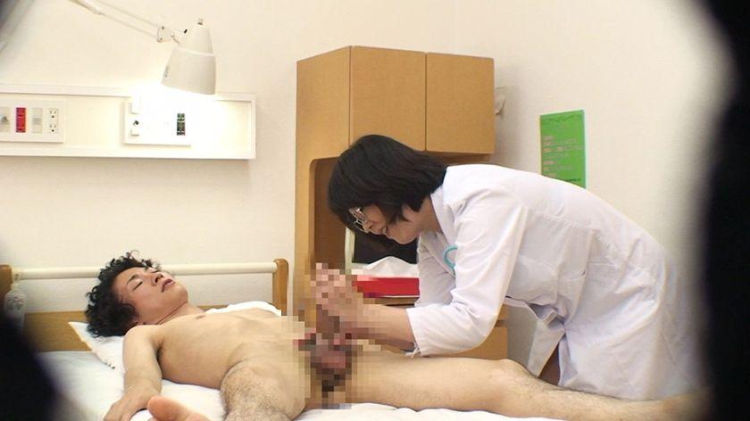 日本で一番スケベなおばさん・円城ひとみの11連続SEX! サンプル画像9