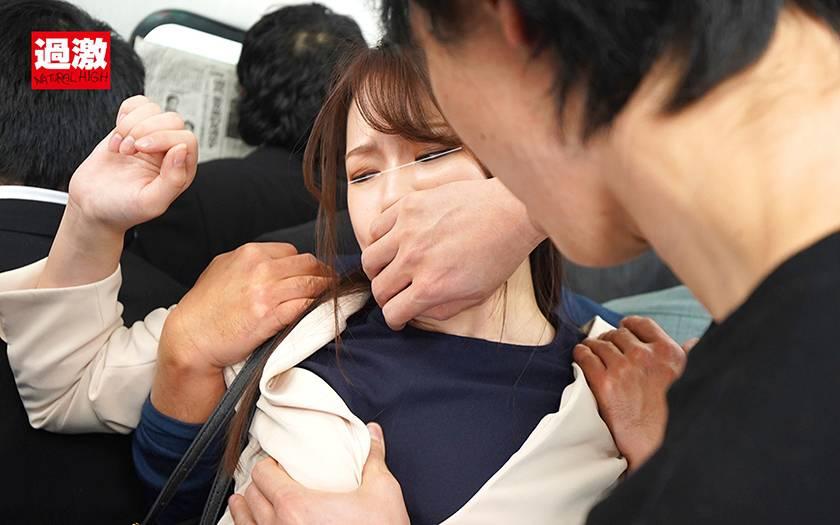 痴漢を邪魔する正義感OLに泣いてもやめない追い打ちイカセ サンプル画像9